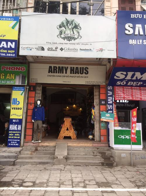 mũ bảo hiểm tại armyhaus